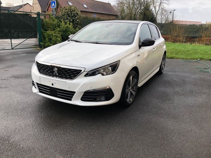 photo PEUGEOT 308 GT-LINE 1,5 BLUEHDI 130 CV S&S EAT8